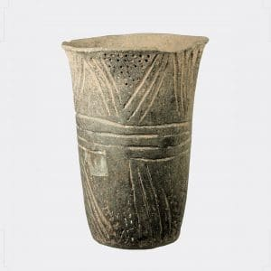 Helios Gallery Antiquities - South American pottery cup