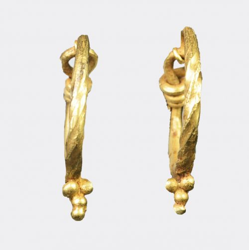 Roman Antiquities - Roman gold earrings with grape cluster decoration