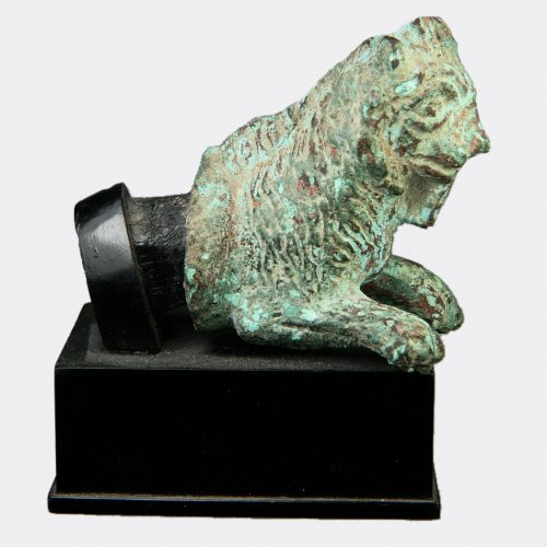 Roman Antiquities - Roman bronze lioness furniture fitting